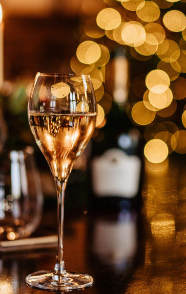 Champagne with Davy Zyw, Thursday 17th December 2020